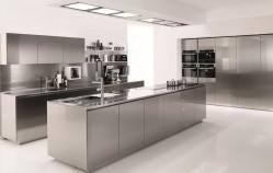 Come pulire la cucina in acciaio: Segreti e trucchi